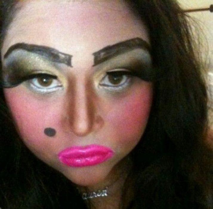 Fails maquillaje - exceso de maquillaje