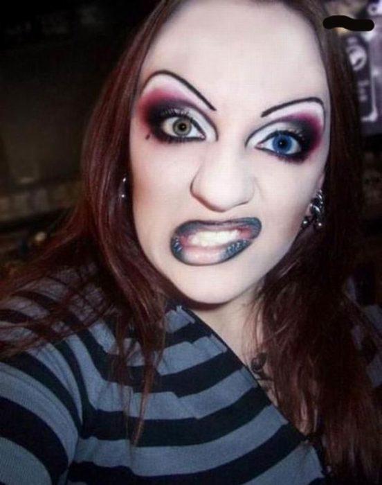 Fails maquillaje - mujer darketa