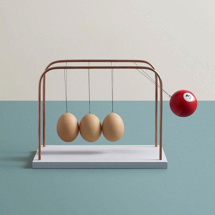 Aaron Tilley - Una bola de billar a punto de reventar unos huevos