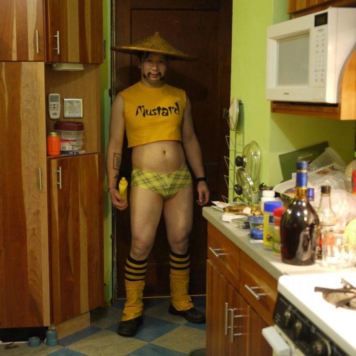 Fotos sin sentido - Chino vestido extraño