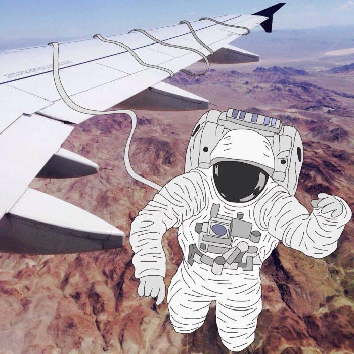 Ilustraciones Julia - Astronauta atado al ala de un avión