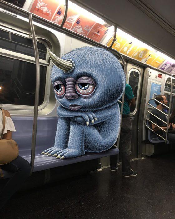 Ilustraciones metro - monstruo con un cuerno parece desvelado