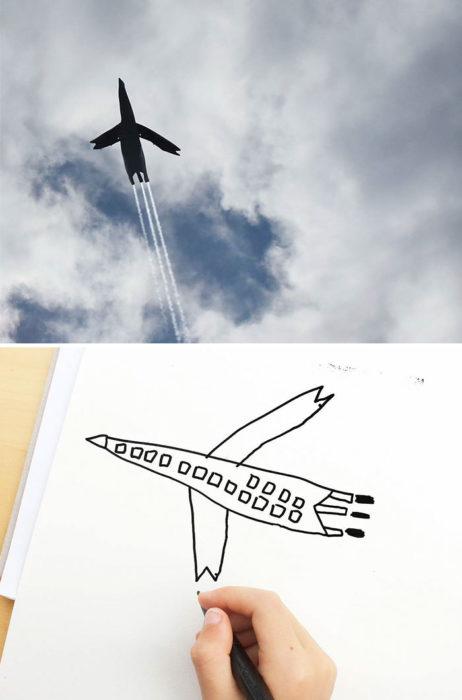 Papá recrea dibujos hijo - avión