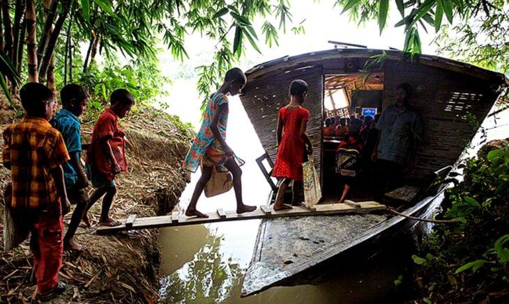 Escuela flotante de Bangladesh