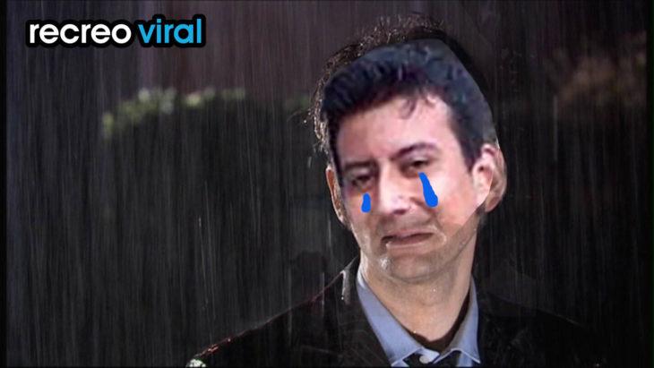 muchacho llorando bajo la lluvia