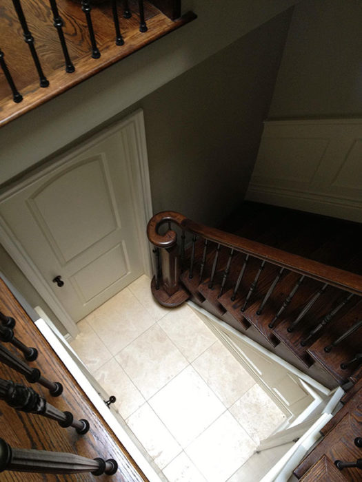 escaleras en casa mal acomodadas
