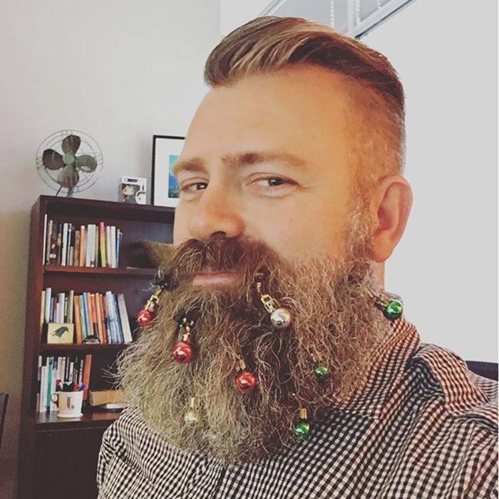barba con canas