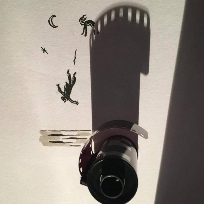 ilustración de Hombre cae de torre,con sombra de cinta de fotografía