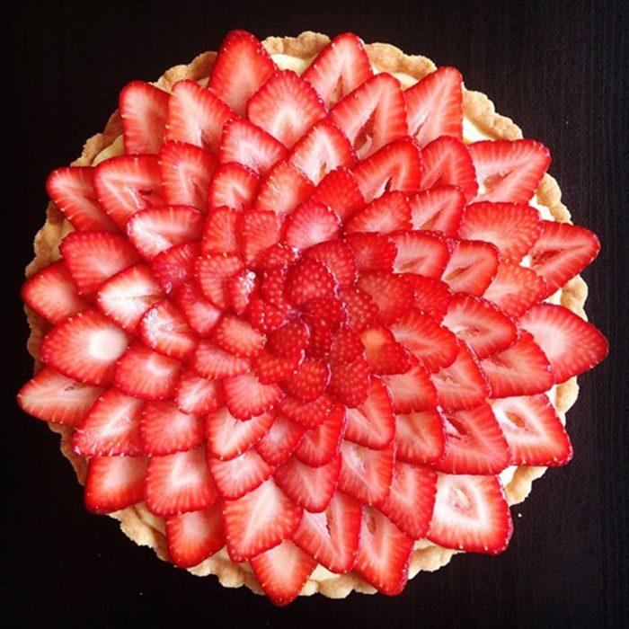 tarta de fresa simétrica