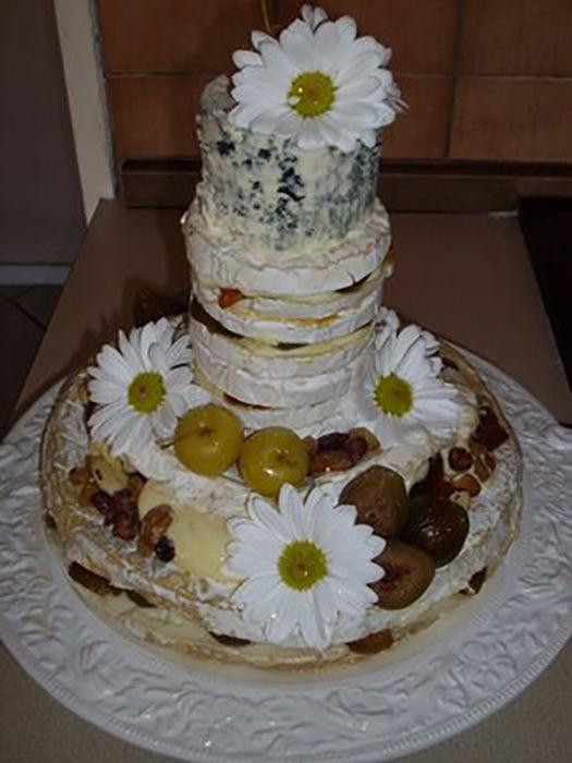 pastel de bodas mal elaborado