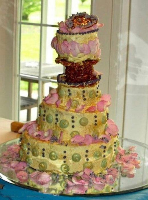 pastel decorado feo