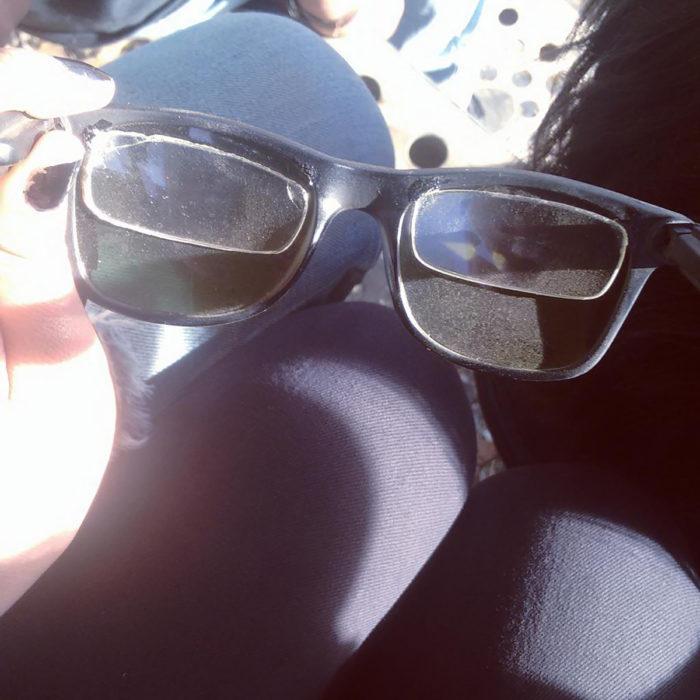micas de lentes con graduación detrás de lentes de sol