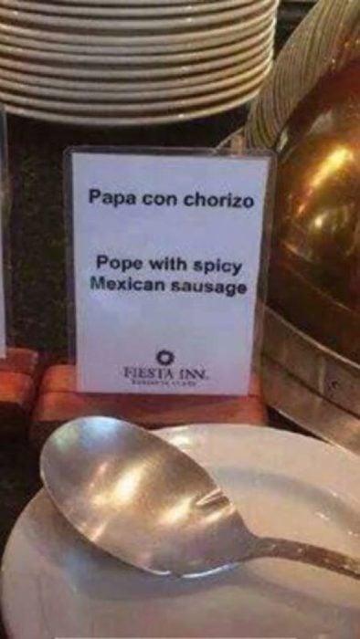 mala traduccción de menú: Papa con salsa picante mexicana
