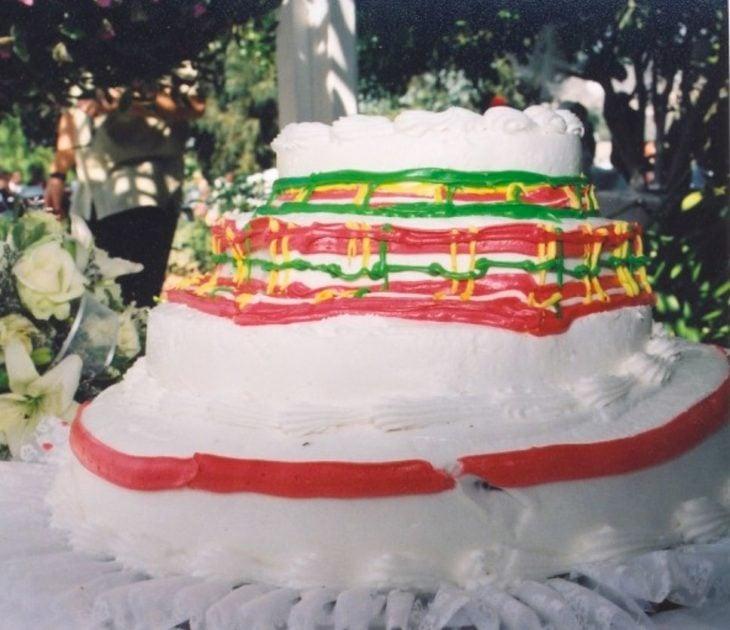 pastel de boda mal hecho