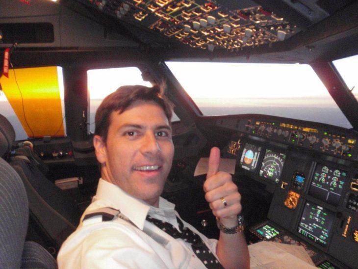 piloto en su cabina