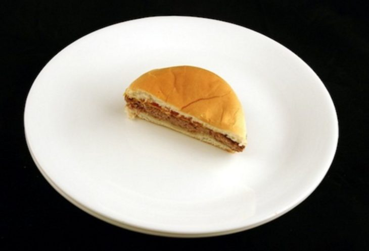 Mitad de una hamburguesa