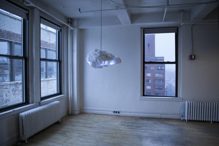 lámpara en forma de nube