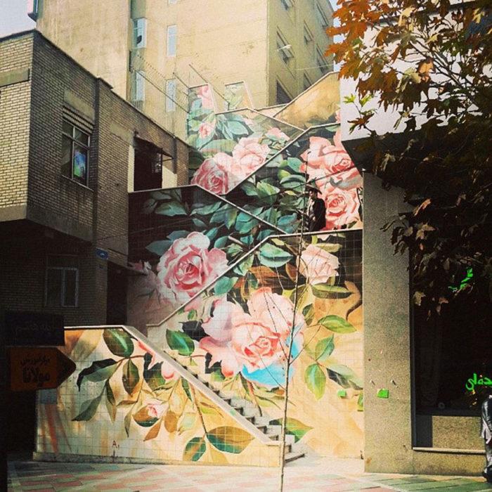 escalera de flores en irán