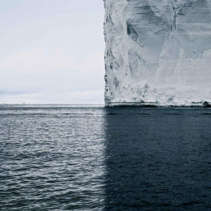 iceborg y mar divididos en cuadrantes perfectos