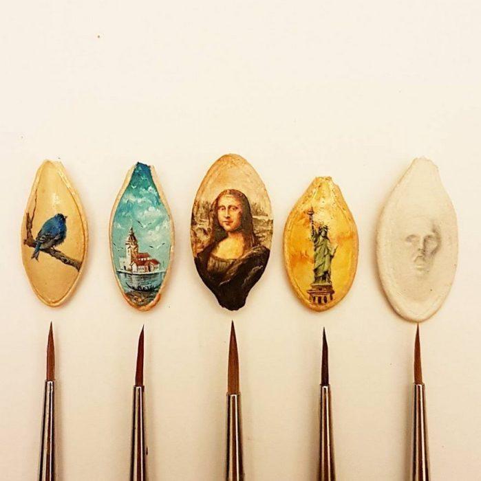 Obras de arte en pequeñas semillas
