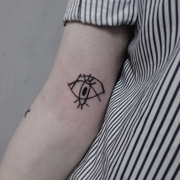 Tatuaje inspirado en Picasso - Cubismo ojo
