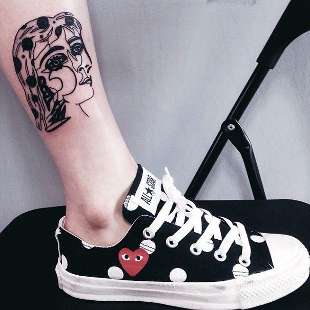 Tatuaje inspirado en Picasso - Mujer en blanco y negro