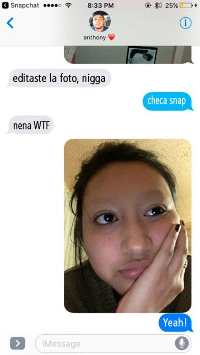 Conversación entre novios con cejas rasuradas