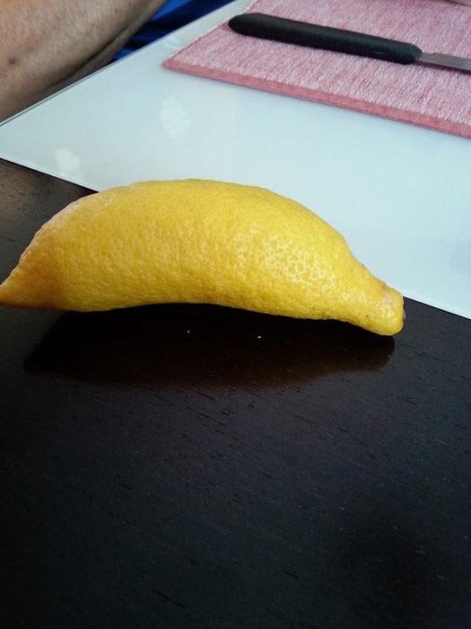 limón se disfrazó de plátano
