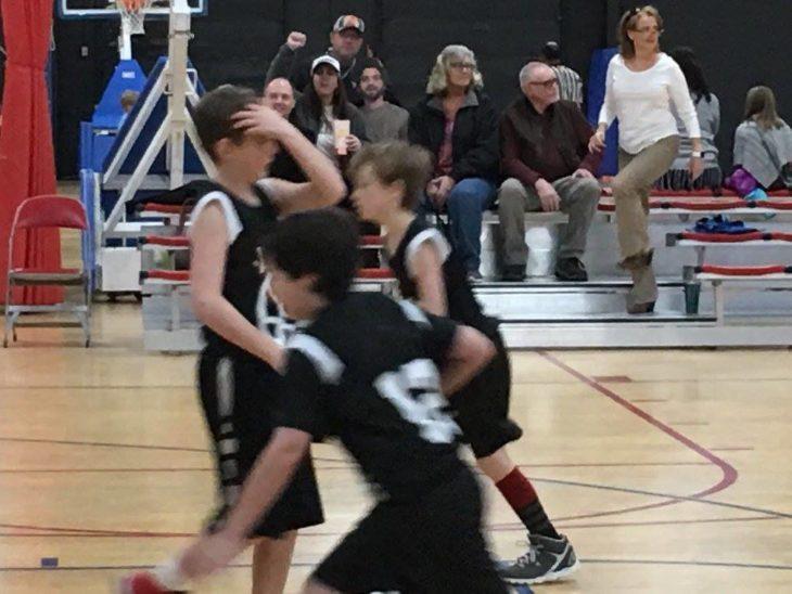 en el partido de basquetbol