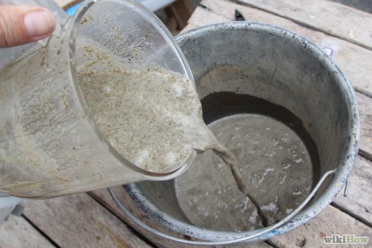 INgredientes liacuados para hacer pintura de musgo