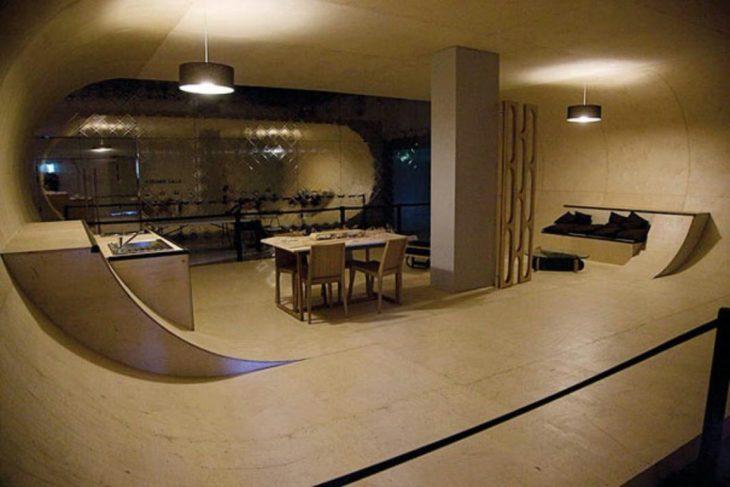 skate interior