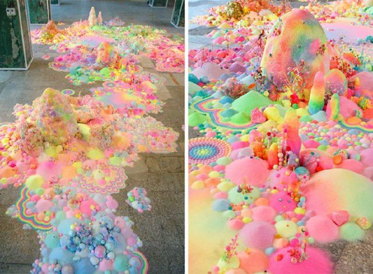 Miles de dulces formando una obra de arte