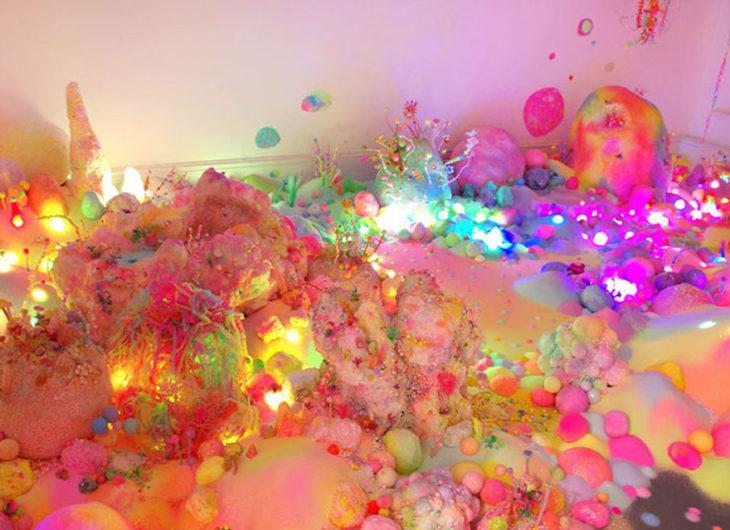 Un universo creado con azúcar de colores