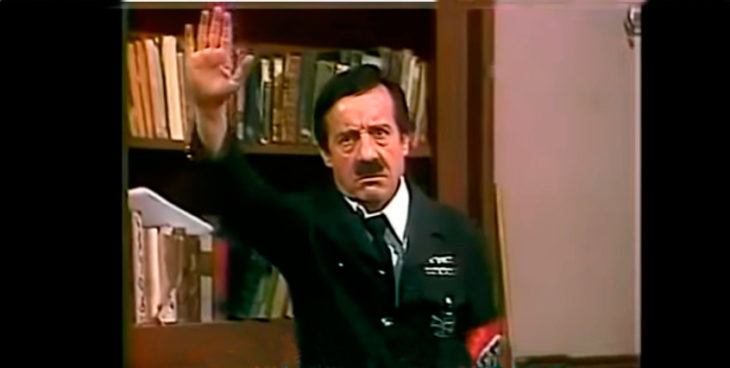 Chespirito Hitler