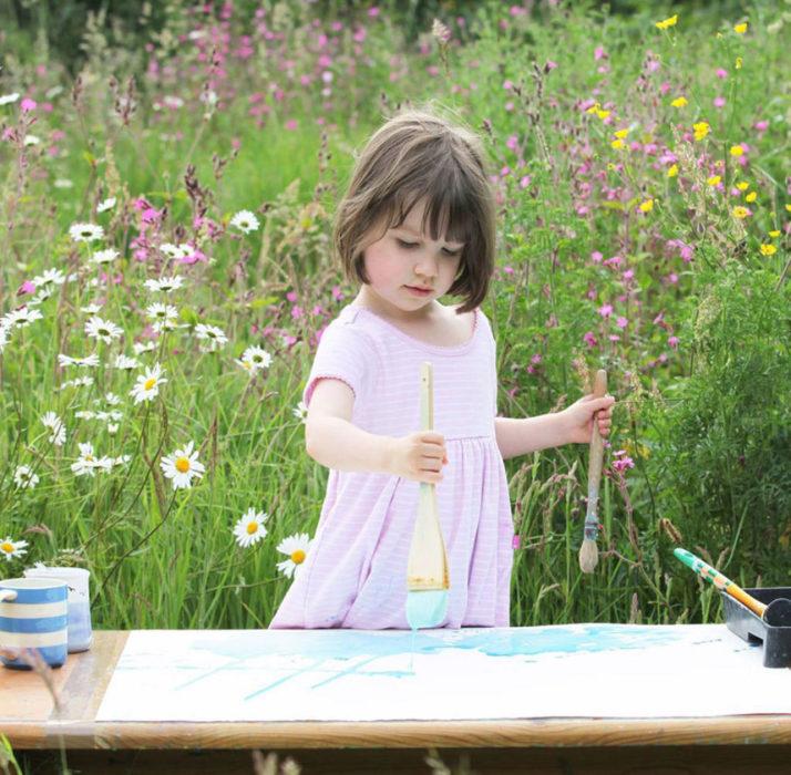 Iris Grace tiene autismo y hace fabulosas pinturas