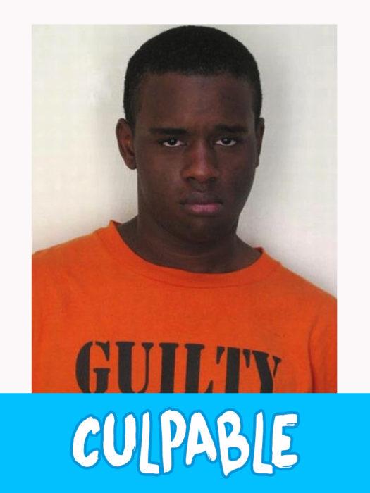 hombre con camiseta anaranjada con la leyenda de culpable