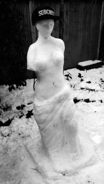 venus de nilo hecha de nieve