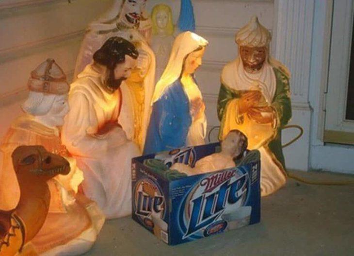 nacimiento, pesebre de Jesús es una caja de cerveza