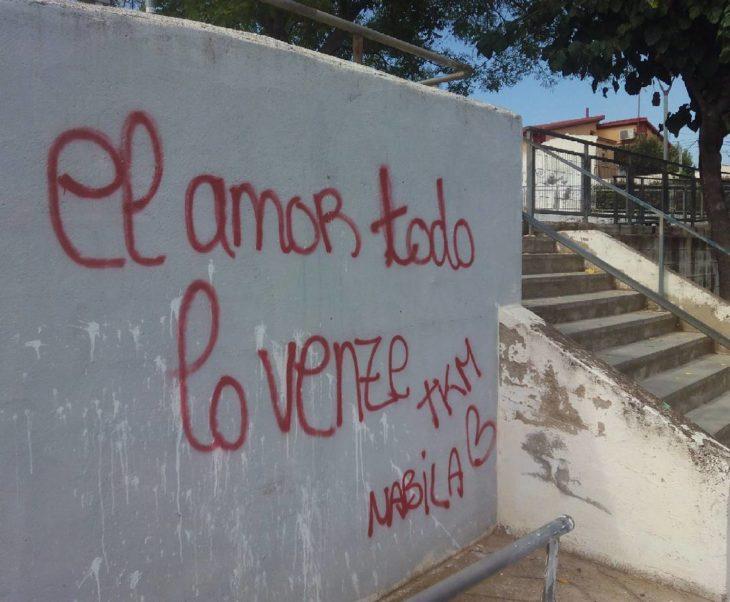 cartel con faltas ortográficas dice venze en lugar de vence