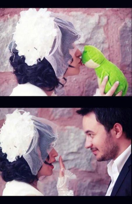 novia besa a un sapo y se convierte en el novio