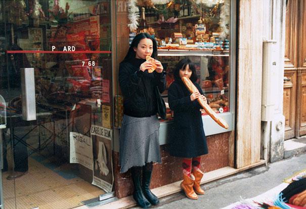 fotógrafa japonesa se edita en sus fotos de la infancia: Francia 1982 a 2005