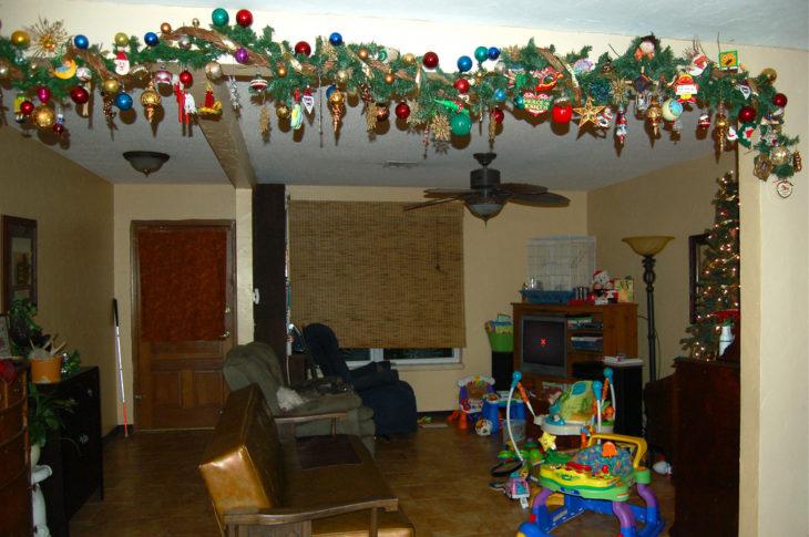 decoración de navidad en las paredes