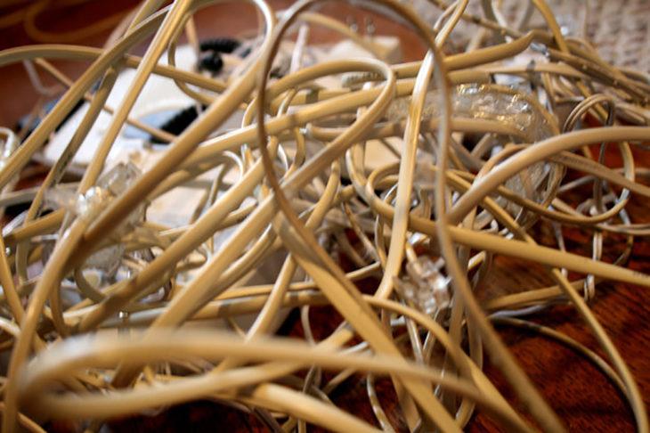 muchos cables enrollados