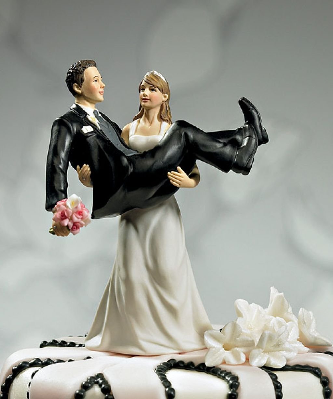 15 divertidos y originales mu u00f1ecos de pasteles de boda