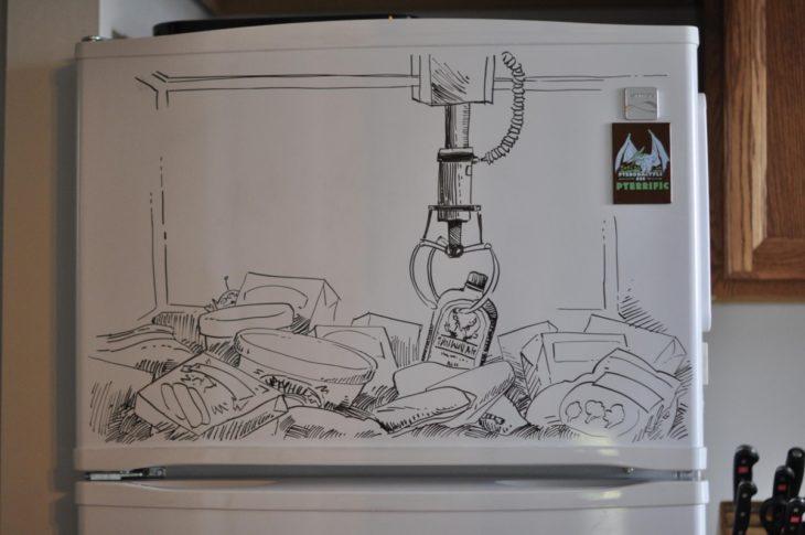 dibujo hecho en la puerta del congelador