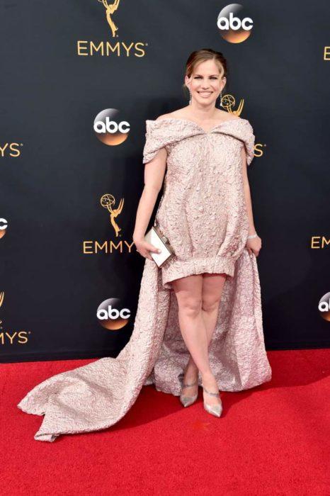 Anna Chlumsky peor vestido de la alfombra roja