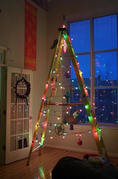 Decoraciones navideñas para flojos - Árbol en escalera