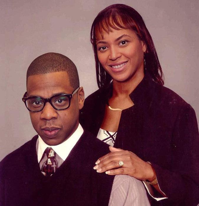 Cómo lucirían los famosos si fueran personas normales - Beyoncé y Jay Z foto familiar