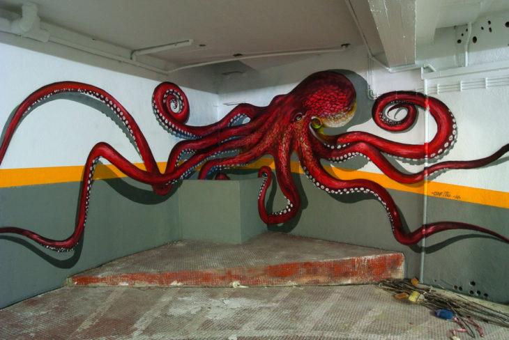 Un pulpo rojo en graffiti 3D