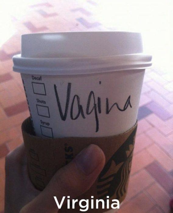 Nombre mal escrito Starbucks - Vagina
